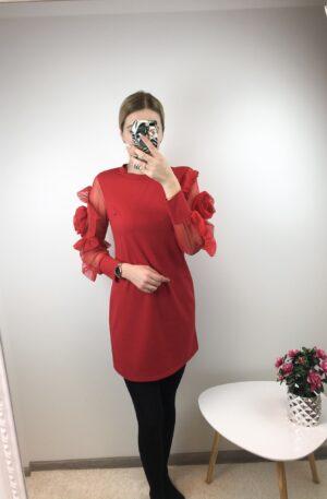 Punane kleit käisel roos