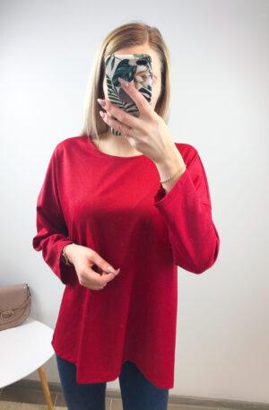 Punane pluus, õrna sädelusega