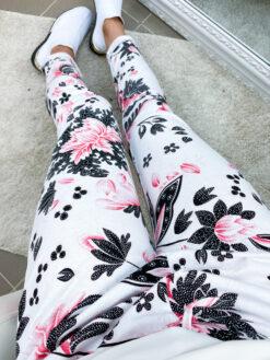 Puuvillased lillelised püksid