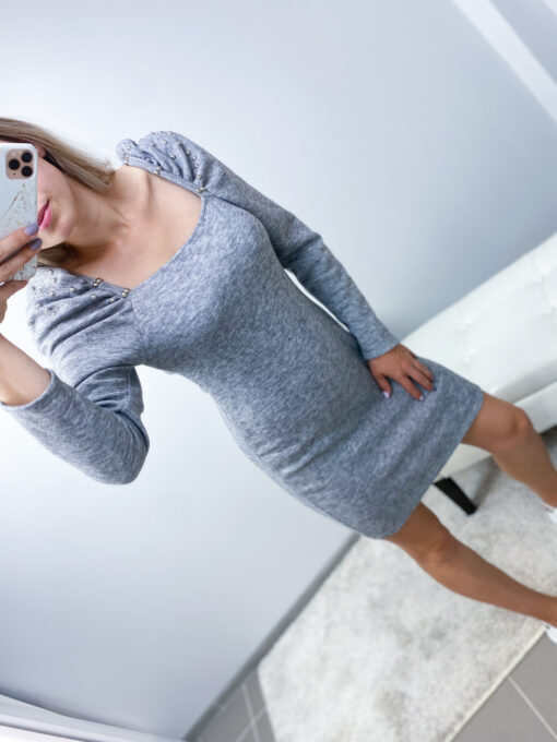 Hall kleit
