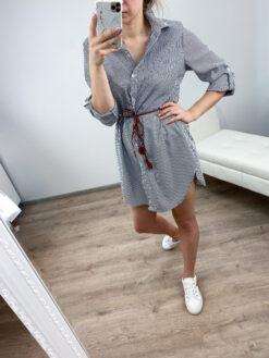 Must triibuline kleit