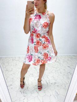 Lilledega kleit